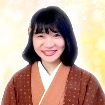 上嶋櫻子 (うえしまさくらこ) 先生